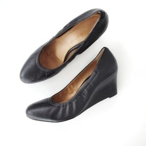 Vionic Camden Wedge Heels Black